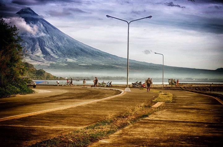 Mt. Mayon - Legazpi Boulevard - Legazpi City
