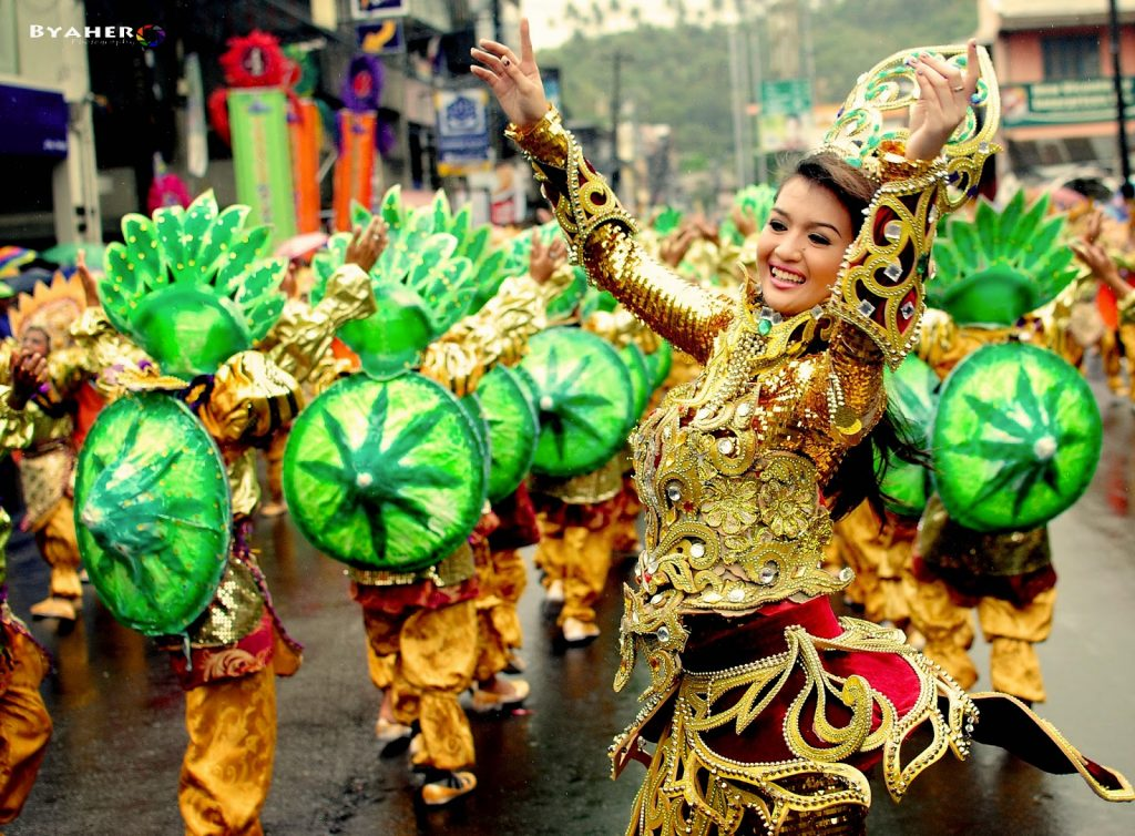 Tribu Himag-Ulaw 2014 Gayon Bicol Festival of Festivals champion (3)