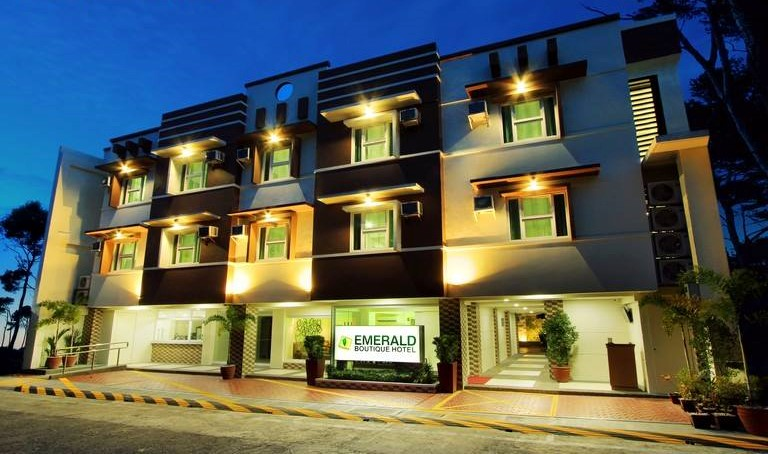 Emerald hotel legaspi fly me to mayon for Small hotels near me
